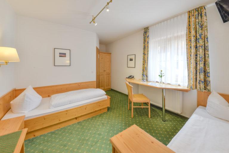 zweibettzimmer-komfort