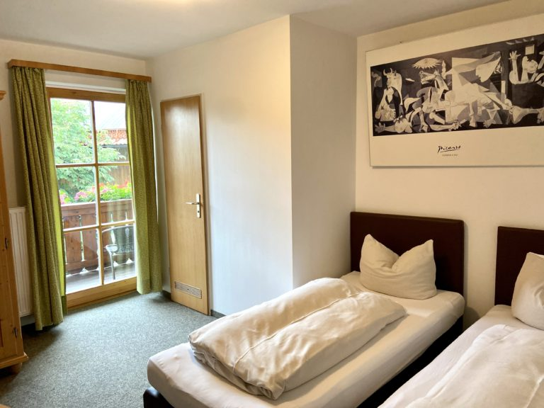 zweibettzimmer-standard-6