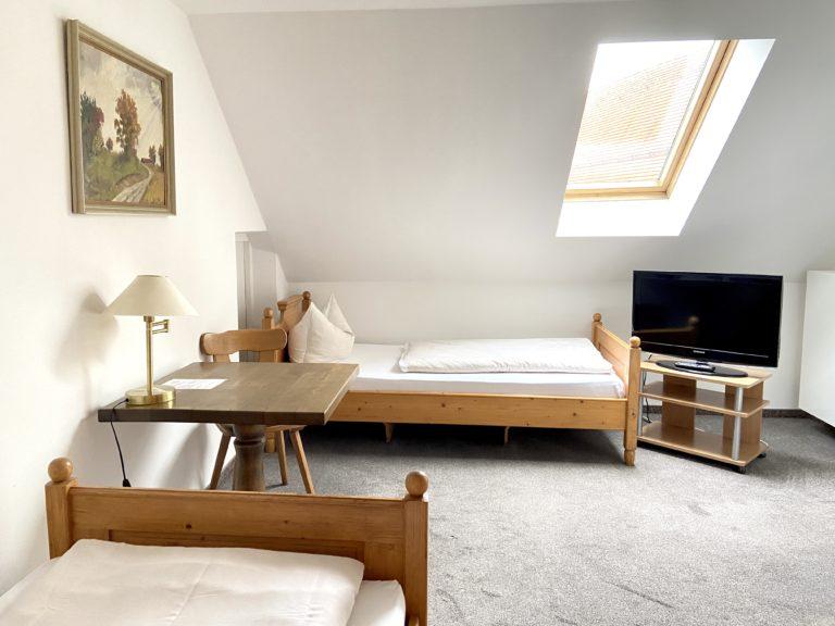 zweibettzimmer-standard-8