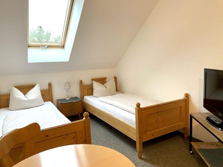 zweibettzimmer-standard-9